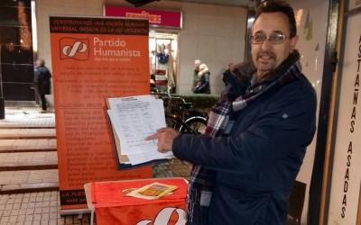 """El equipo base de Asturias inicia una campaña por """"Un municipio sin pobreza"""""""