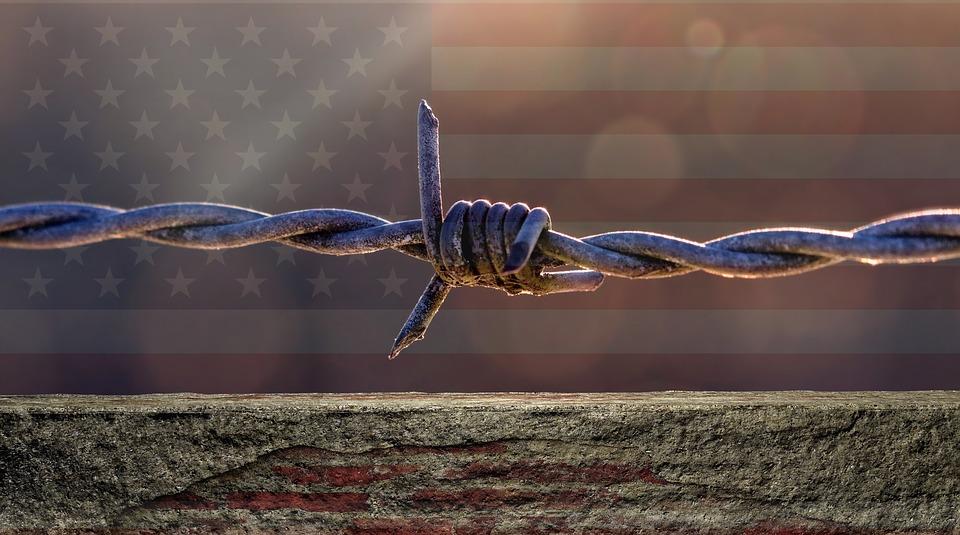 Ningún muro detendrá el nacimiento de la Nación Humana Universal