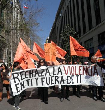 La única salida: la no violencia activa