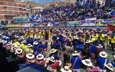 El pueblo boliviano se hace cargo de su proceso